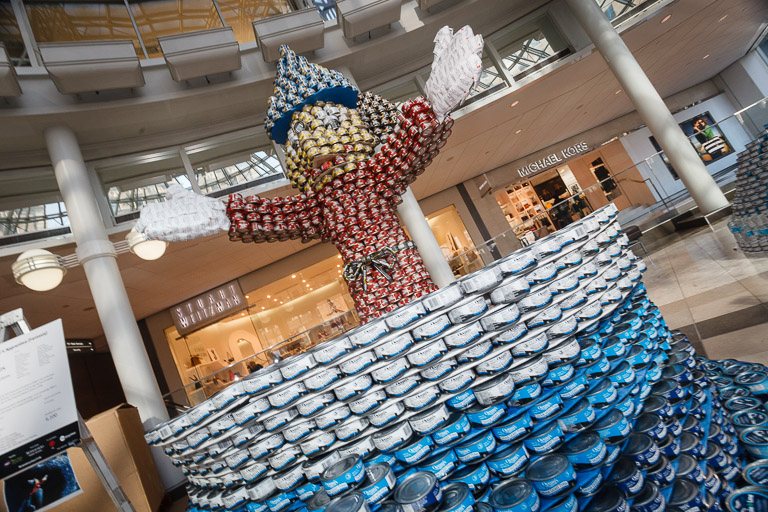 2013 Canstruction Competition : Levelton — Photo by Danny Chan